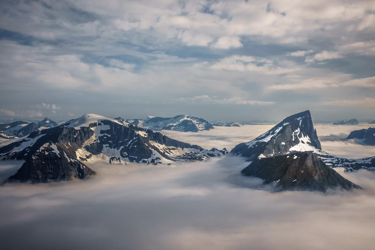 Gipfel von Risenosa (1563 m) und Jakta (1588 m)