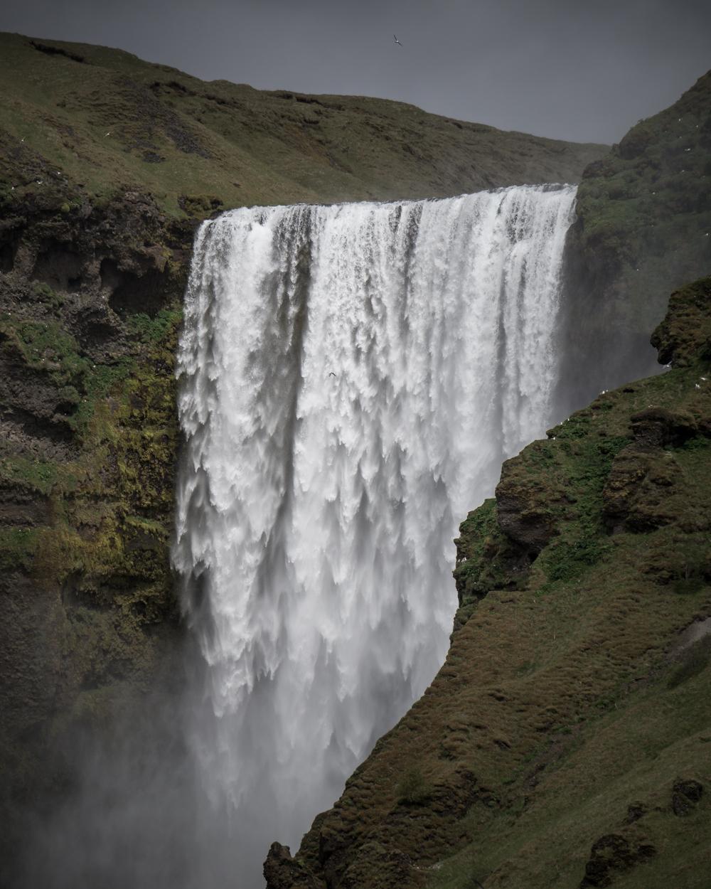 Der mächtige Skógafoss