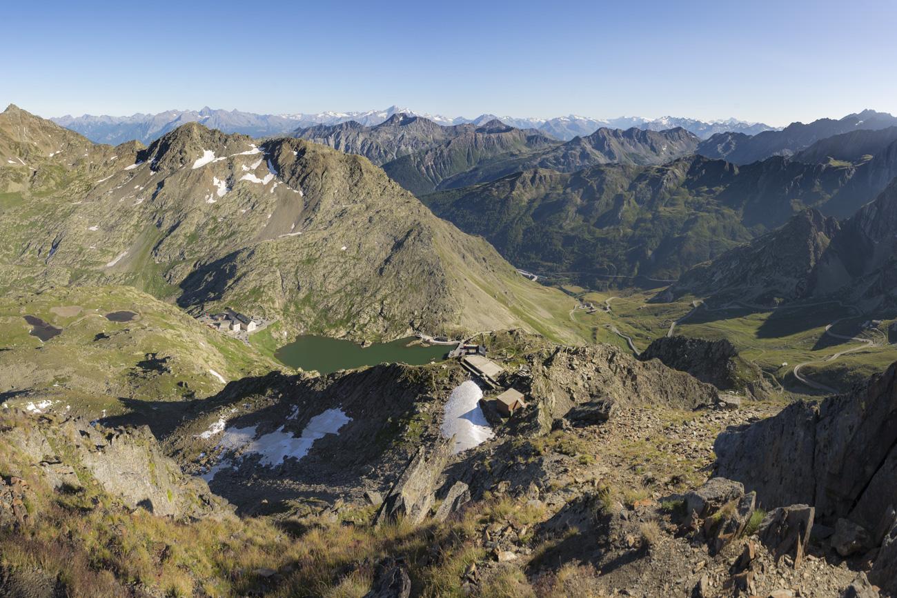 Blick zurück zum Großen St. Bernhard Pass
