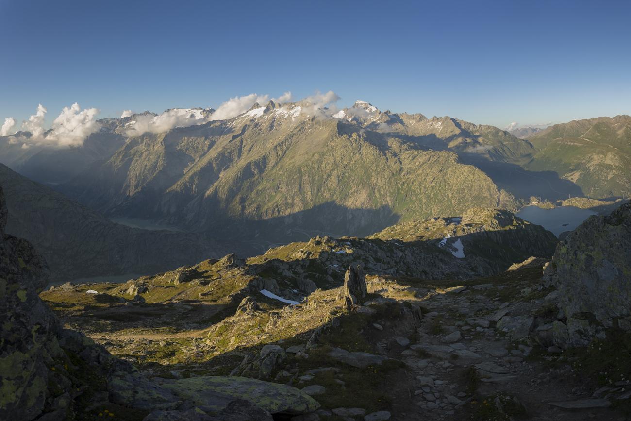 Und der Blick zurück, kurz vor dem Gipfel