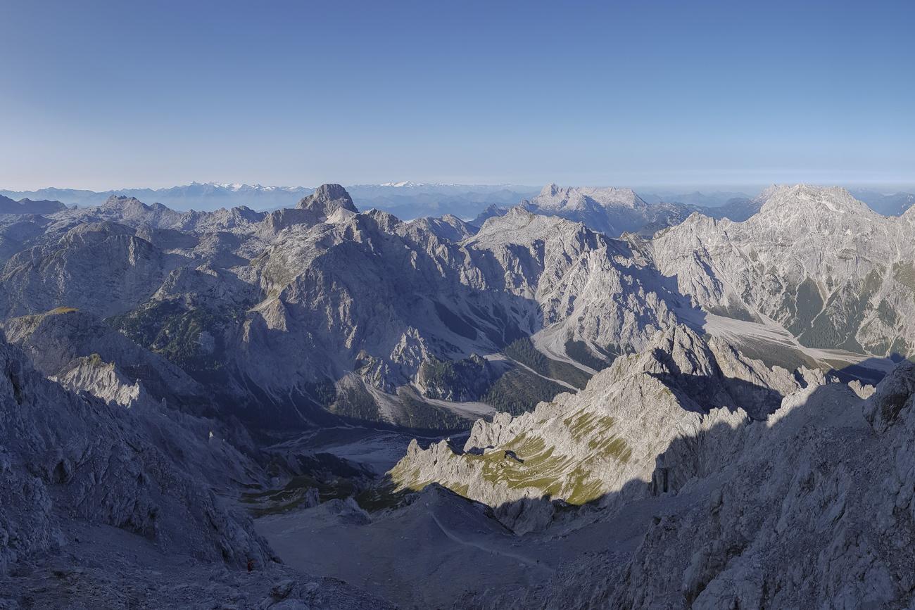 Noch lange nicht geschafft: Der Abstieg ins Wimbachtal