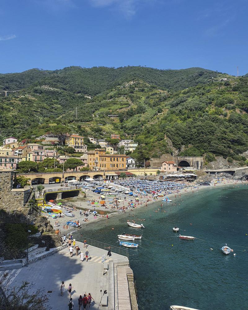 ... mit Blick auf Monterosso