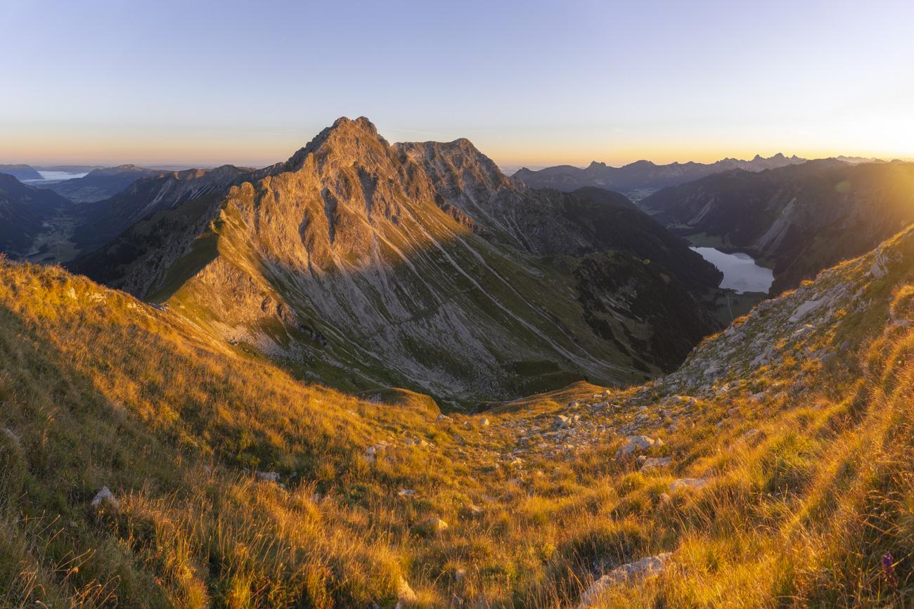 Rauhhorn und Gaishorn im Licht in der Morgensonne