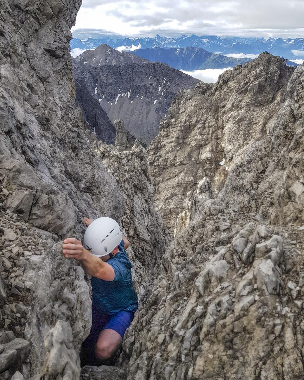 ...und Spalten dem Gipfelkreuz entgegen